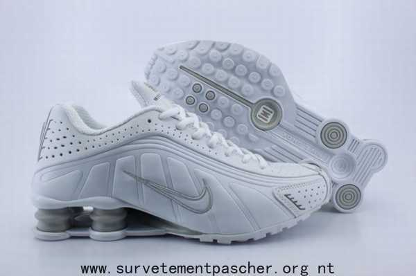 sports shoes 06db9 17c09 Nike Shox Rivalry Pas Cher Taille 36